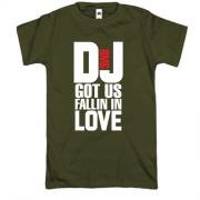 Футболка с надписью DJ got us fallin in love